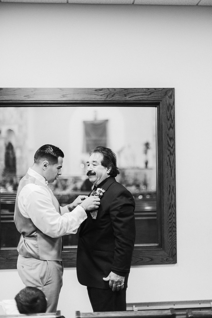 Alicia+lucia+photography+-+albuquerque+wedding+photographer+-+santa+fe+wedding+photography+-+new+mexico+wedding+photographer+-+albuquerque+wedding+-+albuquerque+winter+wedding_0015.jpg