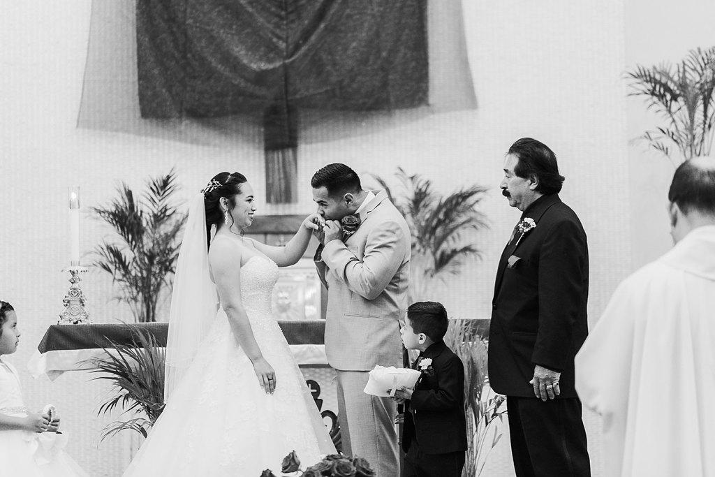 Alicia+lucia+photography+-+albuquerque+wedding+photographer+-+santa+fe+wedding+photography+-+new+mexico+wedding+photographer+-+albuquerque+wedding+-+albuquerque+winter+wedding_0029.jpg