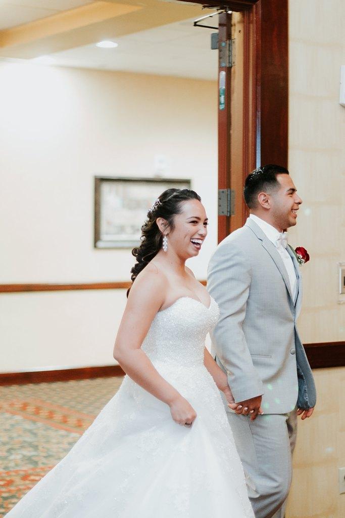 Alicia+lucia+photography+-+albuquerque+wedding+photographer+-+santa+fe+wedding+photography+-+new+mexico+wedding+photographer+-+albuquerque+wedding+-+albuquerque+winter+wedding_0086.jpg