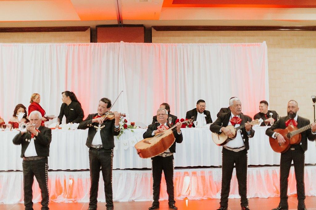 Alicia+lucia+photography+-+albuquerque+wedding+photographer+-+santa+fe+wedding+photography+-+new+mexico+wedding+photographer+-+albuquerque+wedding+-+albuquerque+winter+wedding_0089.jpg