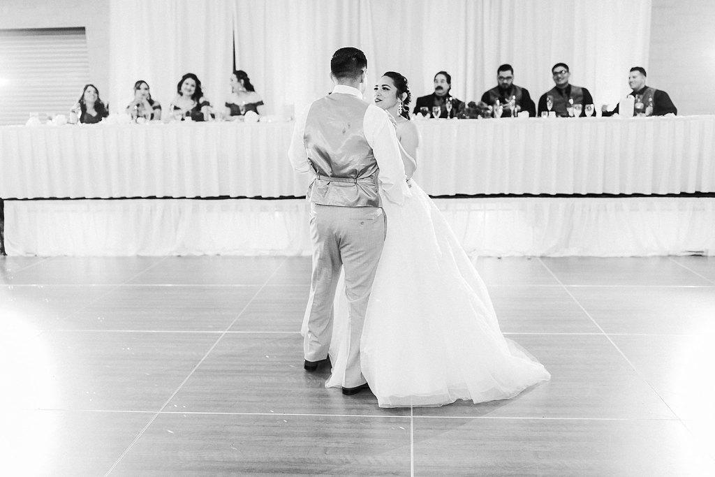 Alicia+lucia+photography+-+albuquerque+wedding+photographer+-+santa+fe+wedding+photography+-+new+mexico+wedding+photographer+-+albuquerque+wedding+-+albuquerque+winter+wedding_0091.jpg