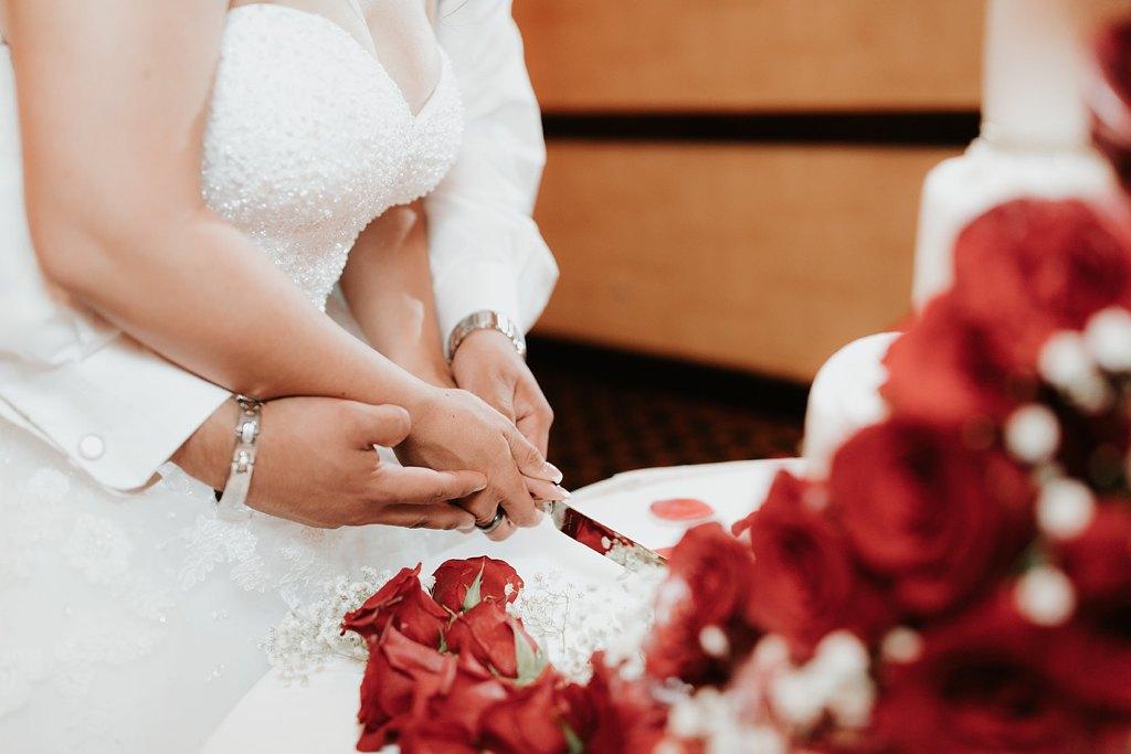 Alicia+lucia+photography+-+albuquerque+wedding+photographer+-+santa+fe+wedding+photography+-+new+mexico+wedding+photographer+-+albuquerque+wedding+-+albuquerque+winter+wedding_0100.jpg