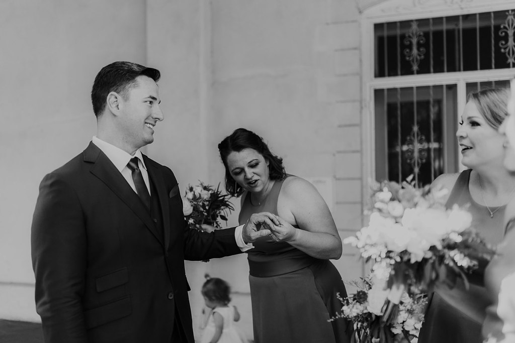 Alicia+lucia+photography+-+albuquerque+wedding+photographer+-+santa+fe+wedding+photography+-+new+mexico+wedding+photographer+-+old+town+albuquerque+wedding+-+el+zocalo+wedding+-+new+mexcio+spring+wedding_0054.jpg