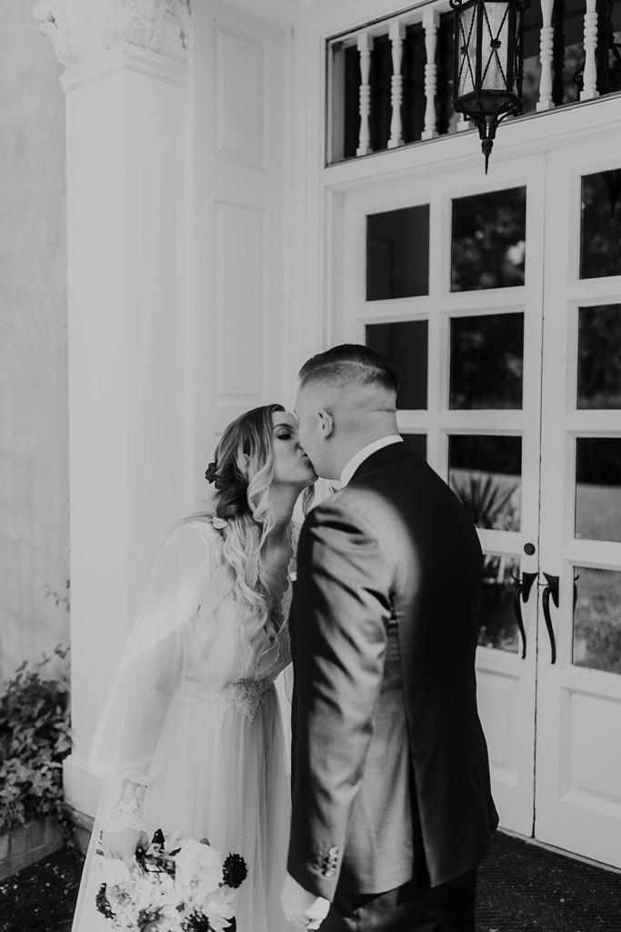 Alicia+lucia+photography+-+albuquerque+wedding+photographer+-+santa+fe+wedding+photography+-+new+mexico+wedding+photographer+-+los+poblanos+wedding+-+los+poblanos+summer+wedding+-+rainy+los+poblanos+wedding_0075.jpg