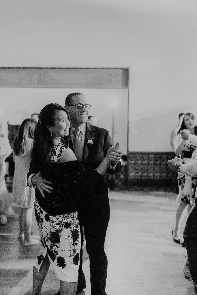 Alicia+lucia+photography+-+albuquerque+wedding+photographer+-+santa+fe+wedding+photography+-+new+mexico+wedding+photographer+-+los+poblanos+wedding+-+los+poblanos+summer+wedding+-+rainy+los+poblanos+wedding_0124.jpg