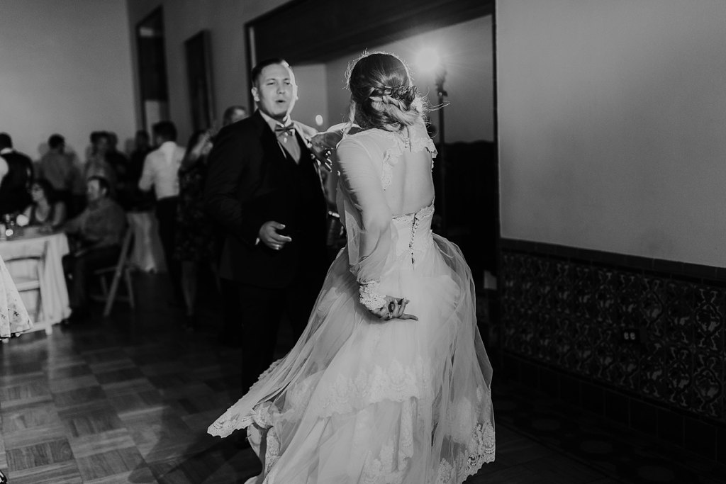 Alicia+lucia+photography+-+albuquerque+wedding+photographer+-+santa+fe+wedding+photography+-+new+mexico+wedding+photographer+-+los+poblanos+wedding+-+los+poblanos+summer+wedding+-+rainy+los+poblanos+wedding_0125.jpg