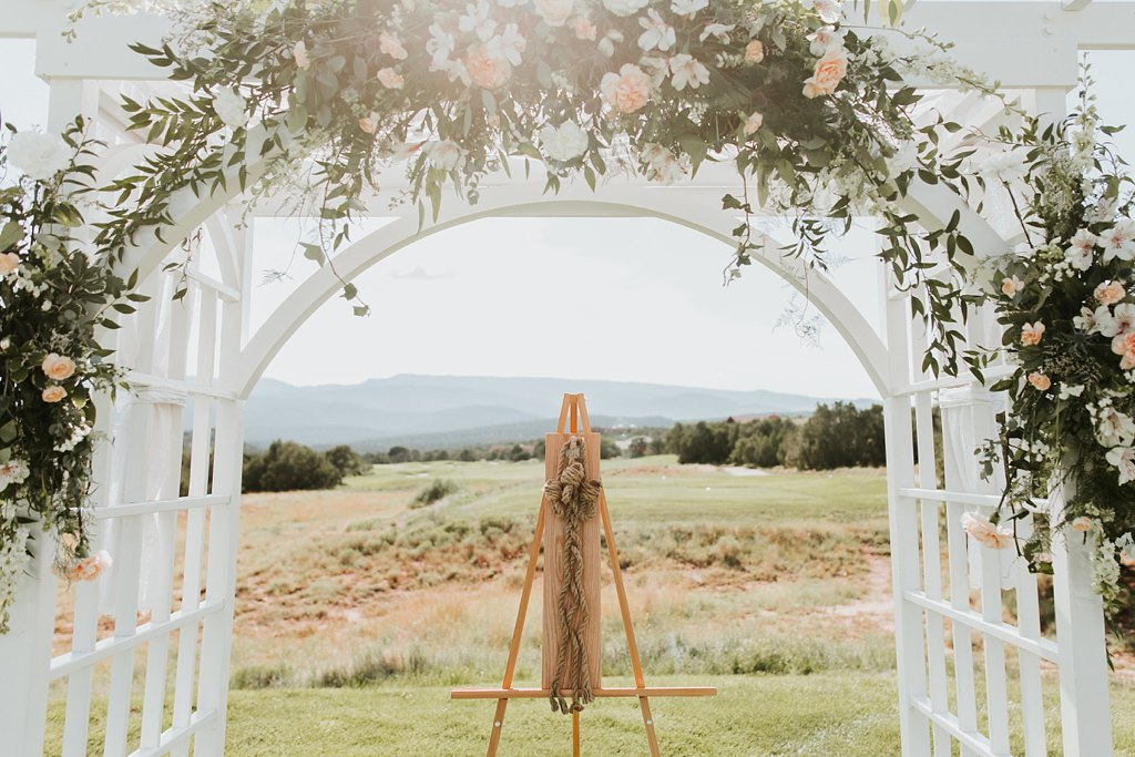 Alicia+lucia+photography+-+albuquerque+wedding+photographer+-+santa+fe+wedding+photography+-+new+mexico+wedding+photographer+-+albuquerque+wedding+-+paako+ridge+golf+club+-+paako+ridge+golf+club+wedding_0037.jpg