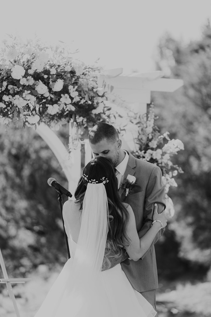 Alicia+lucia+photography+-+albuquerque+wedding+photographer+-+santa+fe+wedding+photography+-+new+mexico+wedding+photographer+-+albuquerque+wedding+-+paako+ridge+golf+club+-+paako+ridge+golf+club+wedding_0048.jpg