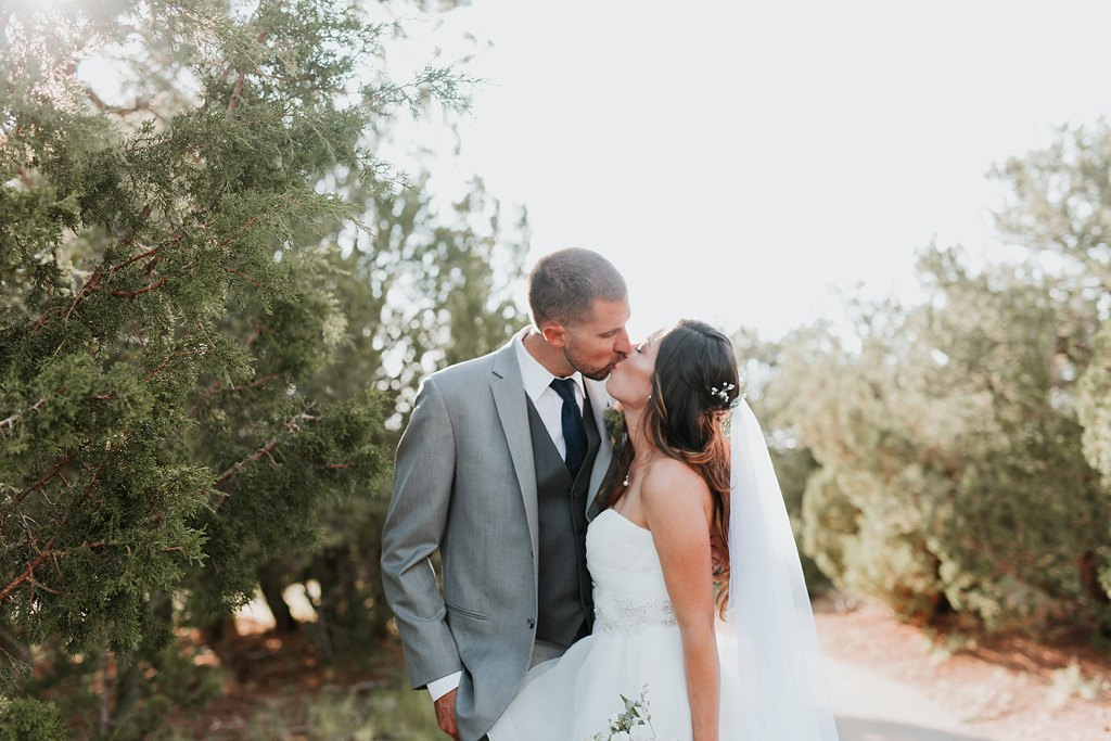 Alicia+lucia+photography+-+albuquerque+wedding+photographer+-+santa+fe+wedding+photography+-+new+mexico+wedding+photographer+-+albuquerque+wedding+-+paako+ridge+golf+club+-+paako+ridge+golf+club+wedding_0066.jpg