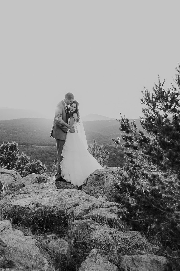 Alicia+lucia+photography+-+albuquerque+wedding+photographer+-+santa+fe+wedding+photography+-+new+mexico+wedding+photographer+-+albuquerque+wedding+-+paako+ridge+golf+club+-+paako+ridge+golf+club+wedding_0073.jpg