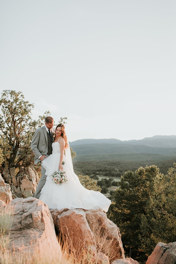 Alicia+lucia+photography+-+albuquerque+wedding+photographer+-+santa+fe+wedding+photography+-+new+mexico+wedding+photographer+-+albuquerque+wedding+-+paako+ridge+golf+club+-+paako+ridge+golf+club+wedding_0074.jpg