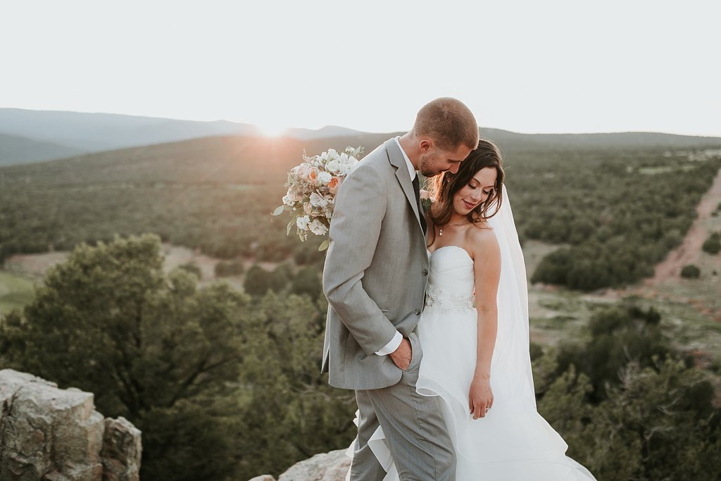 Alicia+lucia+photography+-+albuquerque+wedding+photographer+-+santa+fe+wedding+photography+-+new+mexico+wedding+photographer+-+albuquerque+wedding+-+paako+ridge+golf+club+-+paako+ridge+golf+club+wedding_0077.jpg