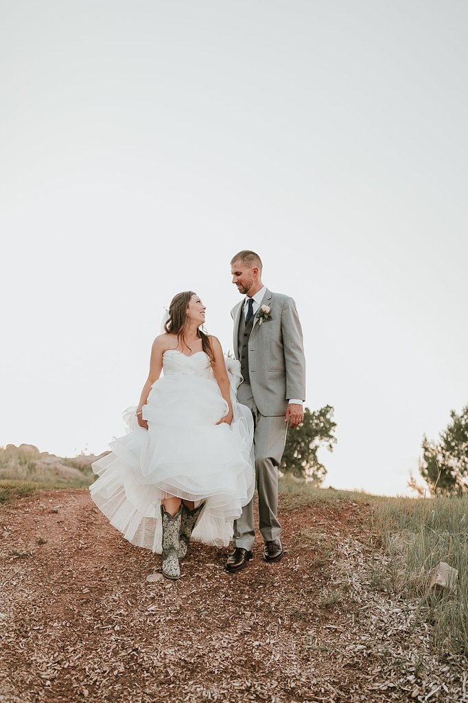 Alicia+lucia+photography+-+albuquerque+wedding+photographer+-+santa+fe+wedding+photography+-+new+mexico+wedding+photographer+-+albuquerque+wedding+-+paako+ridge+golf+club+-+paako+ridge+golf+club+wedding_0081.jpg