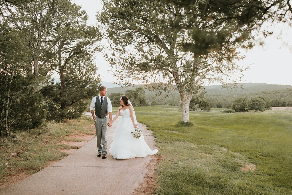 Alicia+lucia+photography+-+albuquerque+wedding+photographer+-+santa+fe+wedding+photography+-+new+mexico+wedding+photographer+-+albuquerque+wedding+-+paako+ridge+golf+club+-+paako+ridge+golf+club+wedding_0083.jpg