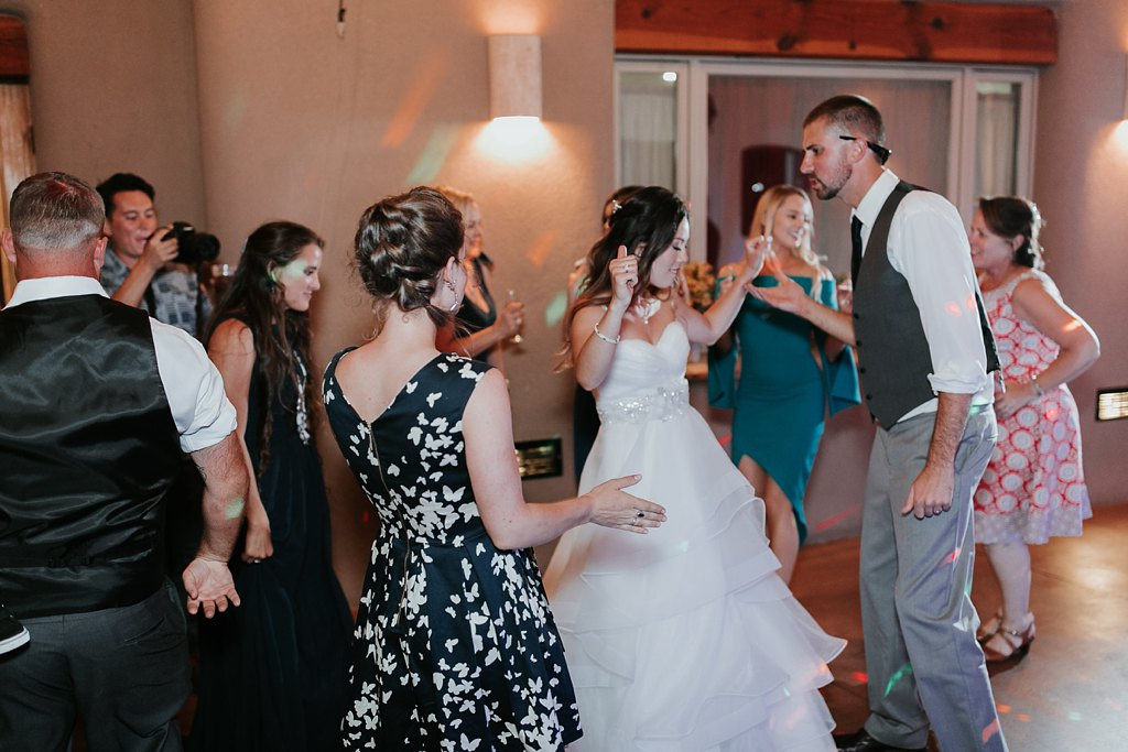 Alicia+lucia+photography+-+albuquerque+wedding+photographer+-+santa+fe+wedding+photography+-+new+mexico+wedding+photographer+-+albuquerque+wedding+-+paako+ridge+golf+club+-+paako+ridge+golf+club+wedding_0113.jpg