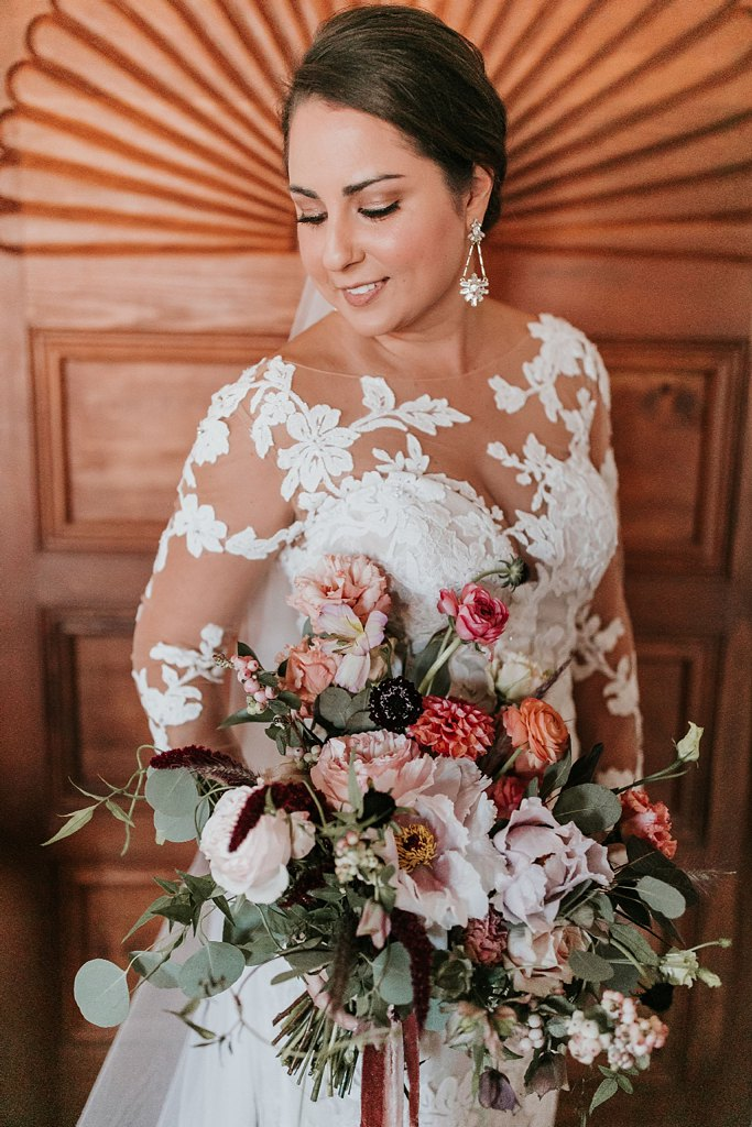 Alicia+lucia+photography+-+albuquerque+wedding+photographer+-+santa+fe+wedding+photography+-+new+mexico+wedding+photographer+-+new+mexico+wedding+-+santa+fe+wedding+-+la+fonda+wedding+-+la+fonda+fall+wedding_0027.jpg