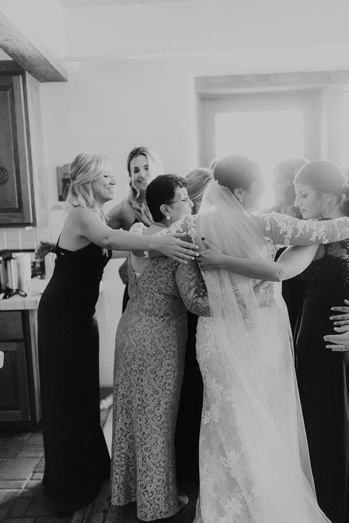 Alicia+lucia+photography+-+albuquerque+wedding+photographer+-+santa+fe+wedding+photography+-+new+mexico+wedding+photographer+-+new+mexico+wedding+-+santa+fe+wedding+-+la+fonda+wedding+-+la+fonda+fall+wedding_0032.jpg