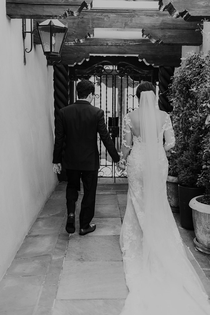 Alicia+lucia+photography+-+albuquerque+wedding+photographer+-+santa+fe+wedding+photography+-+new+mexico+wedding+photographer+-+new+mexico+wedding+-+santa+fe+wedding+-+la+fonda+wedding+-+la+fonda+fall+wedding_0049.jpg