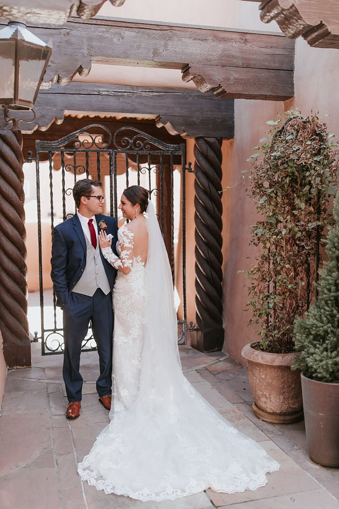 Alicia+lucia+photography+-+albuquerque+wedding+photographer+-+santa+fe+wedding+photography+-+new+mexico+wedding+photographer+-+new+mexico+wedding+-+santa+fe+wedding+-+la+fonda+wedding+-+la+fonda+fall+wedding_0051.jpg