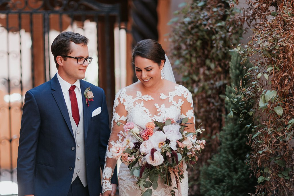 Alicia+lucia+photography+-+albuquerque+wedding+photographer+-+santa+fe+wedding+photography+-+new+mexico+wedding+photographer+-+new+mexico+wedding+-+santa+fe+wedding+-+la+fonda+wedding+-+la+fonda+fall+wedding_0053.jpg