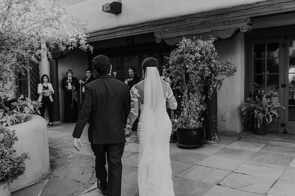 Alicia+lucia+photography+-+albuquerque+wedding+photographer+-+santa+fe+wedding+photography+-+new+mexico+wedding+photographer+-+new+mexico+wedding+-+santa+fe+wedding+-+la+fonda+wedding+-+la+fonda+fall+wedding_0090.jpg