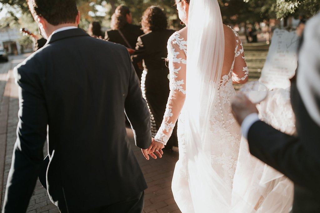 Alicia+lucia+photography+-+albuquerque+wedding+photographer+-+santa+fe+wedding+photography+-+new+mexico+wedding+photographer+-+new+mexico+wedding+-+santa+fe+wedding+-+la+fonda+wedding+-+la+fonda+fall+wedding_0093.jpg
