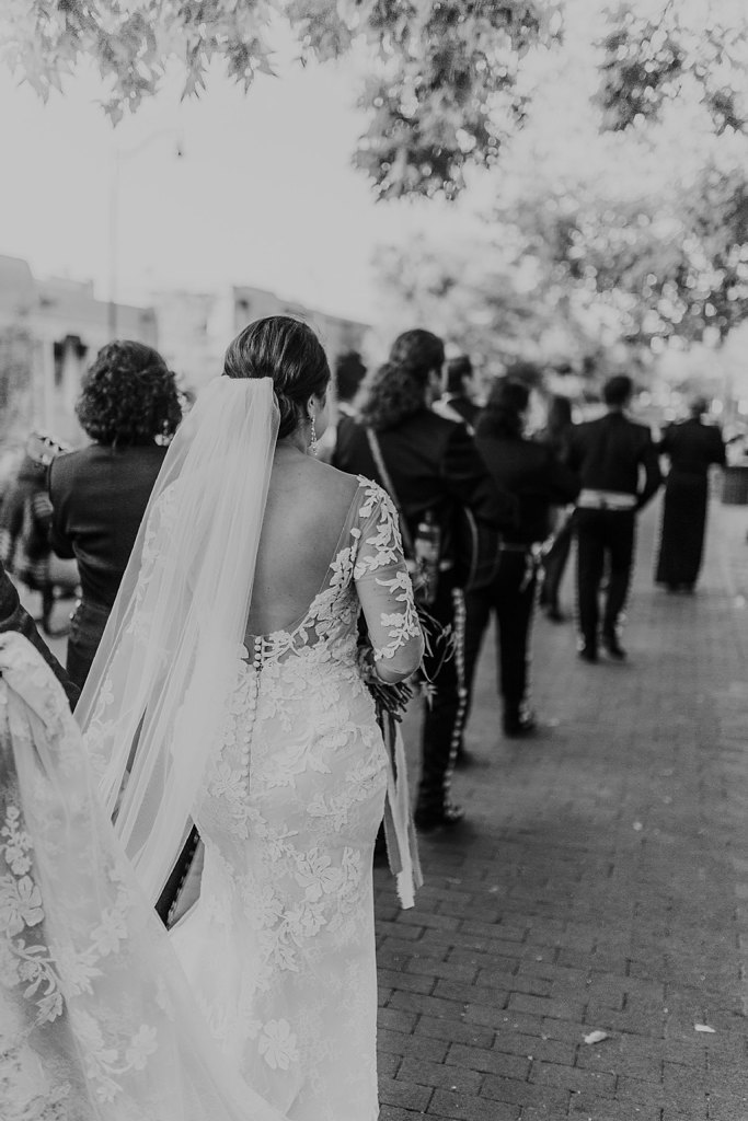 Alicia+lucia+photography+-+albuquerque+wedding+photographer+-+santa+fe+wedding+photography+-+new+mexico+wedding+photographer+-+new+mexico+wedding+-+santa+fe+wedding+-+la+fonda+wedding+-+la+fonda+fall+wedding_0094.jpg