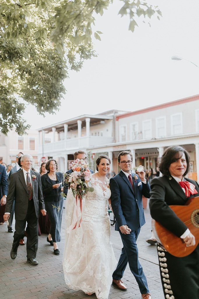 Alicia+lucia+photography+-+albuquerque+wedding+photographer+-+santa+fe+wedding+photography+-+new+mexico+wedding+photographer+-+new+mexico+wedding+-+santa+fe+wedding+-+la+fonda+wedding+-+la+fonda+fall+wedding_0095.jpg