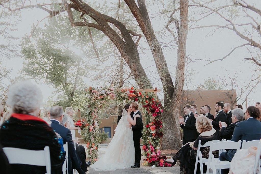 Alicia+lucia+photography+-+albuquerque+wedding+photographer+-+santa+fe+wedding+photography+-+new+mexico+wedding+photographer+-+new+mexico+wedding+-+santa+fe+wedding+-+la+posada+santa+fe+-+santa+fe+wedding+venue+feature_0007.jpg