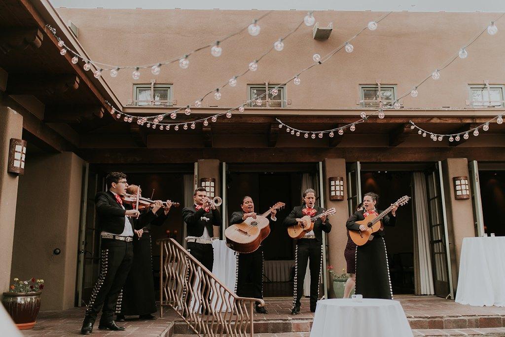 Alicia+lucia+photography+-+albuquerque+wedding+photographer+-+santa+fe+wedding+photography+-+new+mexico+wedding+photographer+-+new+mexico+wedding+-+santa+fe+wedding+-+la+posada+santa+fe+-+santa+fe+wedding+venue+feature_0049.jpg