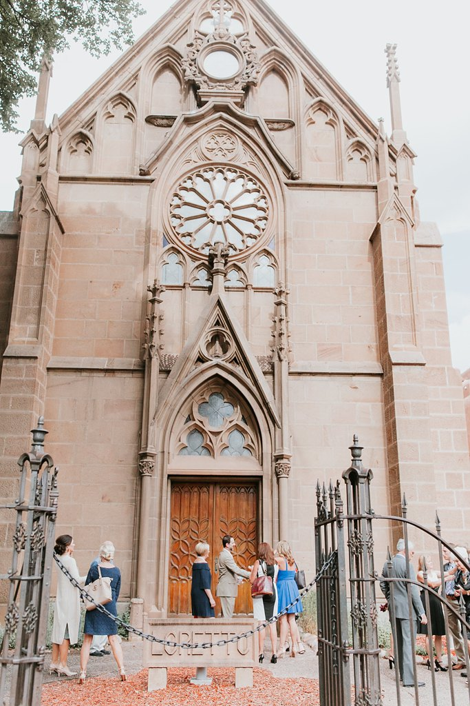Alicia+lucia+photography+-+albuquerque+wedding+photographer+-+santa+fe+wedding+photography+-+new+mexico+wedding+photographer+-+new+mexico+wedding+-+santa+fe+wedding+-+la+fonda+santa+fe+-+la+fonda+wedding+-+loretto+chapel+wedding_0050.jpg