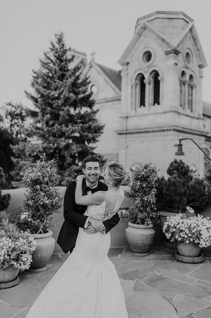 Alicia+lucia+photography+-+albuquerque+wedding+photographer+-+santa+fe+wedding+photography+-+new+mexico+wedding+photographer+-+new+mexico+wedding+-+santa+fe+wedding+-+la+fonda+santa+fe+-+la+fonda+wedding+-+loretto+chapel+wedding_0105.jpg