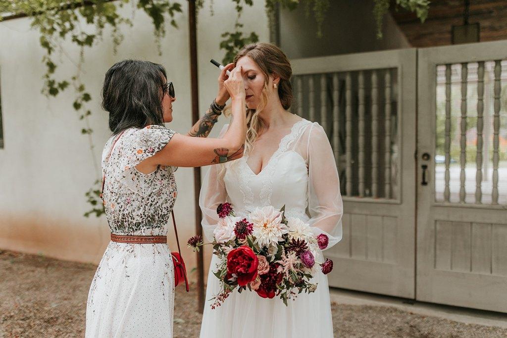 Alicia+lucia+photography+-+albuquerque+wedding+photographer+-+santa+fe+wedding+photography+-+new+mexico+wedding+photographer+-+new+mexico+wedding+-+makeup+artist+-+hair+stylist_0006.jpg