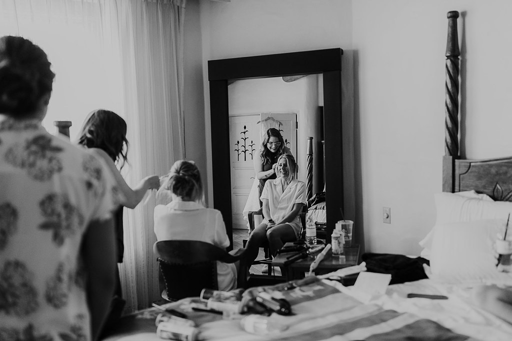 Alicia+lucia+photography+-+albuquerque+wedding+photographer+-+santa+fe+wedding+photography+-+new+mexico+wedding+photographer+-+new+mexico+wedding+-+makeup+artist+-+hair+stylist_0061.jpg