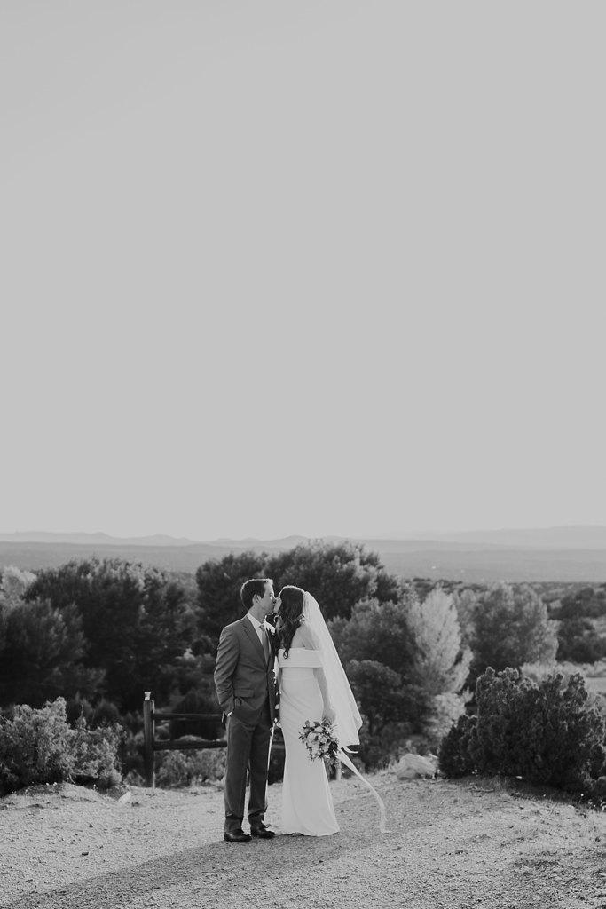 Alicia+lucia+photography+-+albuquerque+wedding+photographer+-+santa+fe+wedding+photography+-+new+mexico+wedding+photographer+-+new+mexico+wedding+-+four+seasons+wedding+-+four+seasons+santa+fe+wedding+-+four+seasons+summer+wedding_0058.jpg