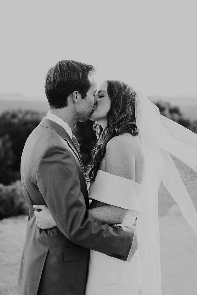 Alicia+lucia+photography+-+albuquerque+wedding+photographer+-+santa+fe+wedding+photography+-+new+mexico+wedding+photographer+-+new+mexico+wedding+-+four+seasons+wedding+-+four+seasons+santa+fe+wedding+-+four+seasons+summer+wedding_0059.jpg