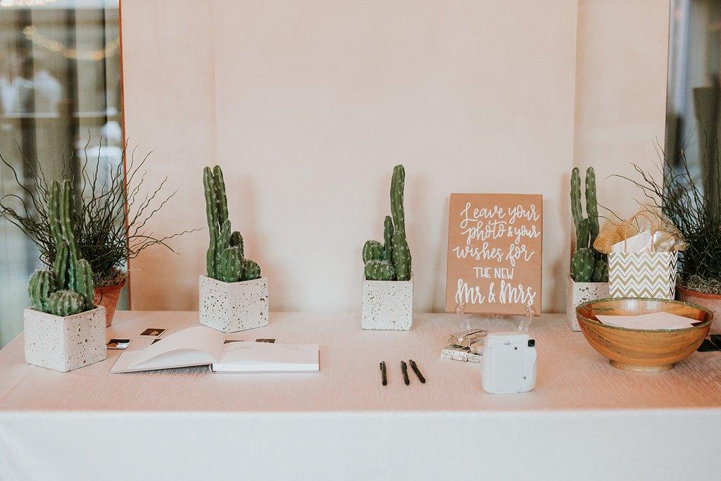 Alicia+lucia+photography+-+albuquerque+wedding+photographer+-+santa+fe+wedding+photography+-+new+mexico+wedding+photographer+-+new+mexico+wedding+-+four+seasons+wedding+-+four+seasons+santa+fe+wedding+-+four+seasons+summer+wedding_0068.jpg