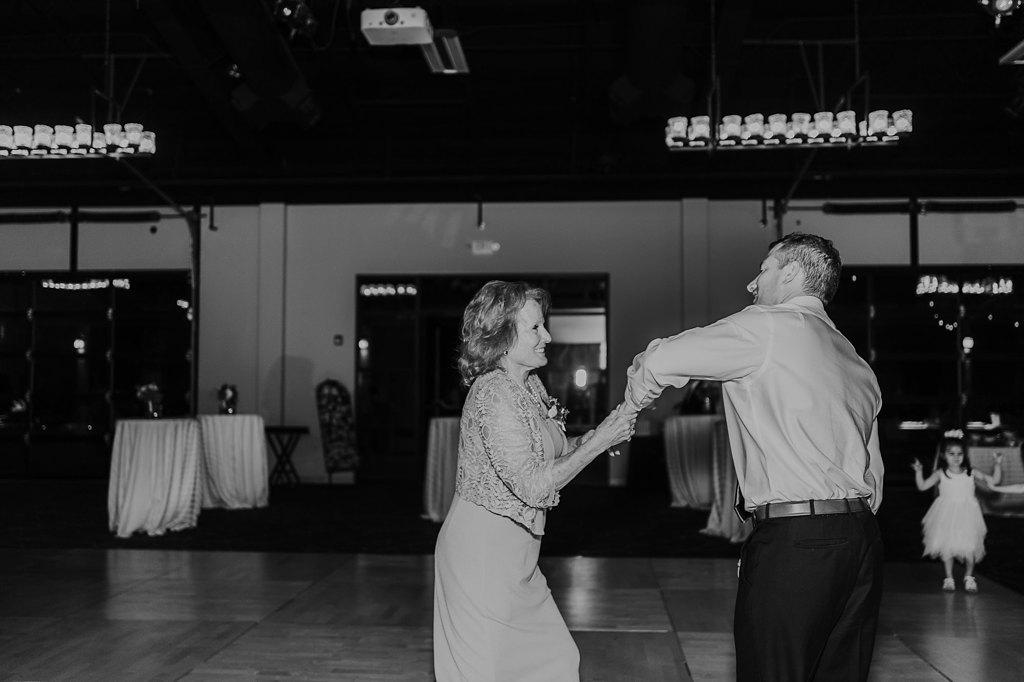 Alicia+lucia+photography+-+albuquerque+wedding+photographer+-+santa+fe+wedding+photography+-+new+mexico+wedding+photographer+-+new+mexico+wedding+-+hyatt+tamaya+new+mexico+-+tamaya+wedding_0076.jpg