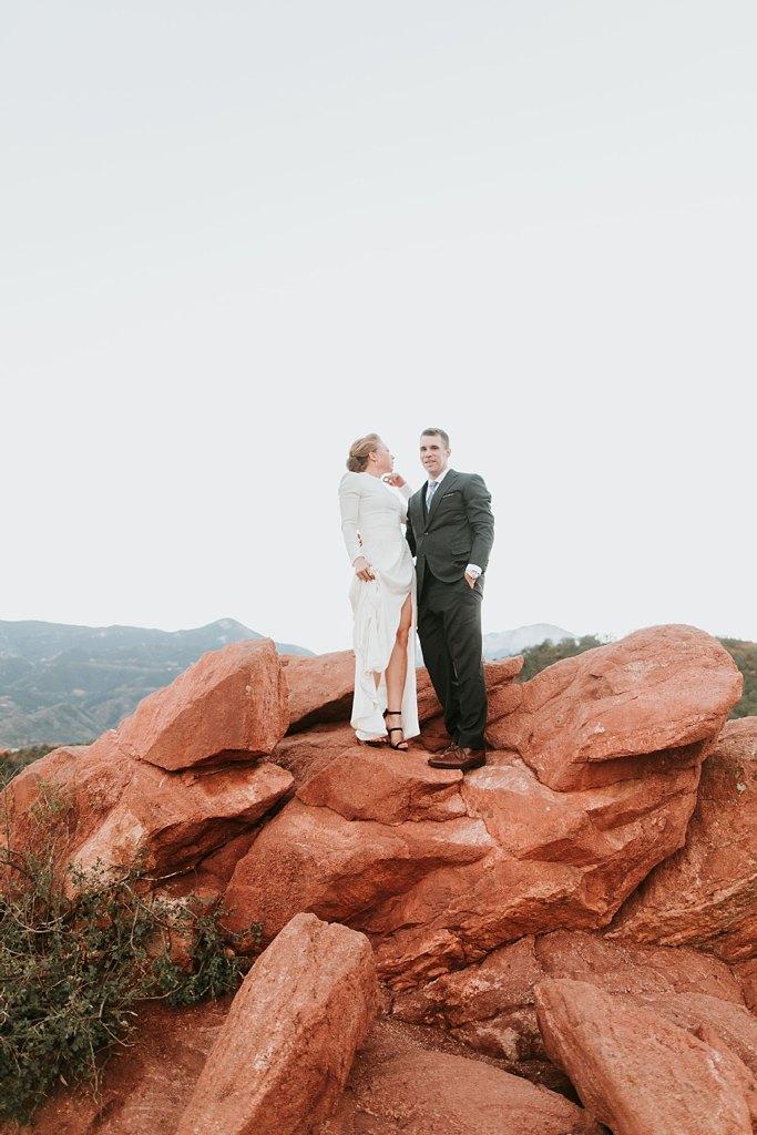 Alicia+lucia+photography+-+albuquerque+wedding+photographer+-+santa+fe+wedding+photography+-+new+mexico+wedding+photographer+-+new+mexico+wedding+-+santa+fe+wedding+-+albuquerque+wedding+-+wedding+dresses+-+fall+wedding+dress_0023.jpg