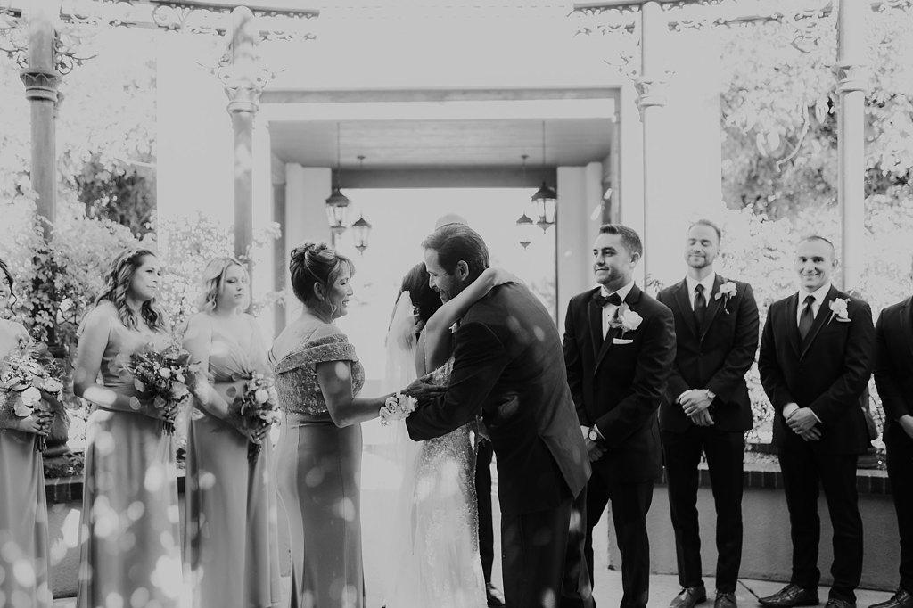 Alicia+lucia+photography+-+albuquerque+wedding+photographer+-+santa+fe+wedding+photography+-+new+mexico+wedding+photographer+-+new+mexico+wedding+-+albuquerque+wedding+-+hotel+albuquerque+wedding_0030.jpg