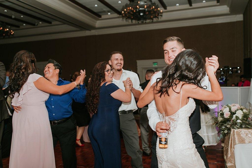 Alicia+lucia+photography+-+albuquerque+wedding+photographer+-+santa+fe+wedding+photography+-+new+mexico+wedding+photographer+-+new+mexico+wedding+-+albuquerque+wedding+-+hotel+albuquerque+wedding_0094.jpg