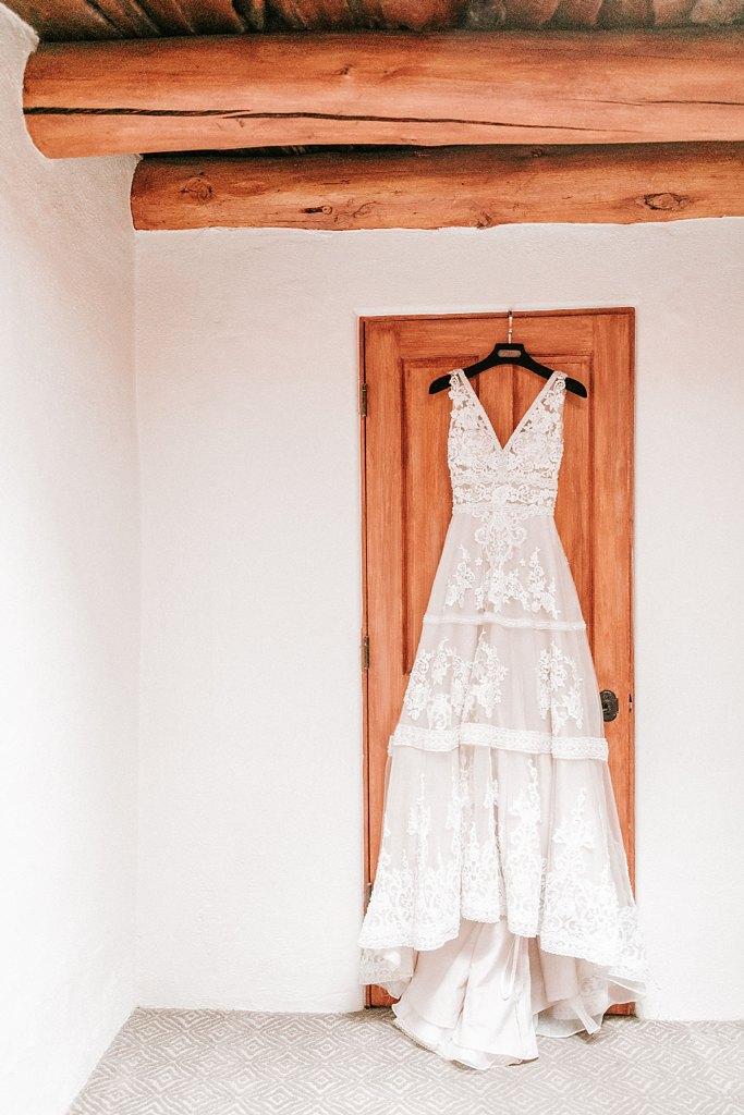 Alicia+lucia+photography+-+albuquerque+wedding+photographer+-+santa+fe+wedding+photography+-+new+mexico+wedding+photographer+-+new+mexico+wedding+-+santa+fe+wedding+-+la+posada+santa+fe+-+la+posada+wedding+-+la+posada+fall+wedding_0004.jpg