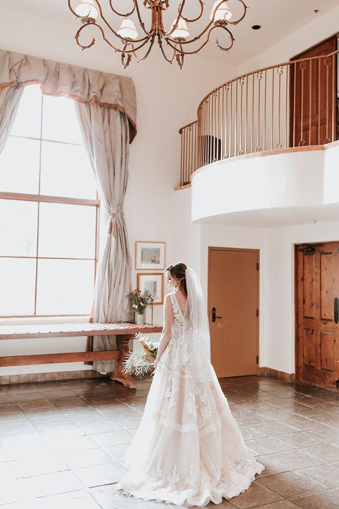 Alicia+lucia+photography+-+albuquerque+wedding+photographer+-+santa+fe+wedding+photography+-+new+mexico+wedding+photographer+-+new+mexico+wedding+-+santa+fe+wedding+-+la+posada+santa+fe+-+la+posada+wedding+-+la+posada+fall+wedding_0031.jpg
