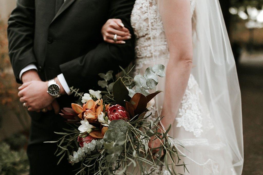 Alicia+lucia+photography+-+albuquerque+wedding+photographer+-+santa+fe+wedding+photography+-+new+mexico+wedding+photographer+-+new+mexico+wedding+-+santa+fe+wedding+-+la+posada+santa+fe+-+la+posada+wedding+-+la+posada+fall+wedding_0077.jpg