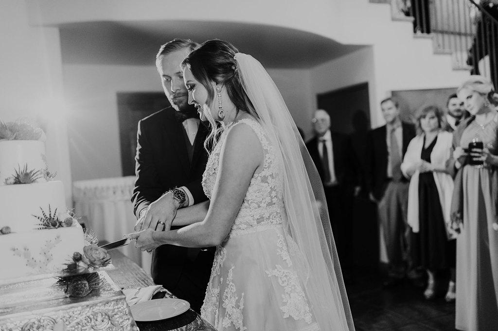 Alicia+lucia+photography+-+albuquerque+wedding+photographer+-+santa+fe+wedding+photography+-+new+mexico+wedding+photographer+-+new+mexico+wedding+-+santa+fe+wedding+-+la+posada+santa+fe+-+la+posada+wedding+-+la+posada+fall+wedding_0122.jpg