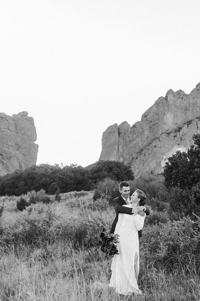 Alicia+lucia+photography+-+albuquerque+wedding+photographer+-+santa+fe+wedding+photography+-+new+mexico+wedding+photographer+-+colorado+wedding+-+colorado+springs+wedding+-+garden+of+the+gods+wedding_0069.jpg