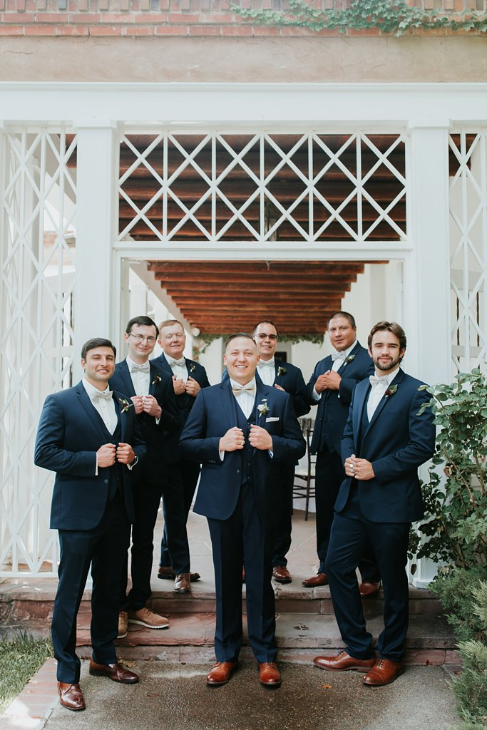 Alicia+lucia+photography+-+albuquerque+wedding+photographer+-+santa+fe+wedding+photography+-+new+mexico+wedding+photographer+-+new+mexico+wedding+-+groomsmen+-+groomsmen+style+-+wedding+style_0025.jpg