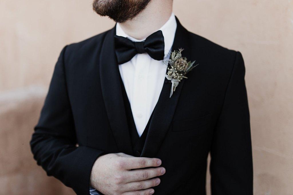 Alicia+lucia+photography+-+albuquerque+wedding+photographer+-+santa+fe+wedding+photography+-+new+mexico+wedding+photographer+-+new+mexico+wedding+-+wedding+florals+-+winter+wedding+-+winter+wedding+florals_0001.jpg