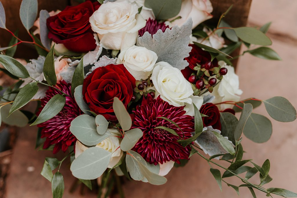 Alicia+lucia+photography+-+albuquerque+wedding+photographer+-+santa+fe+wedding+photography+-+new+mexico+wedding+photographer+-+new+mexico+wedding+-+wedding+florals+-+winter+wedding+-+winter+wedding+florals_0008.jpg