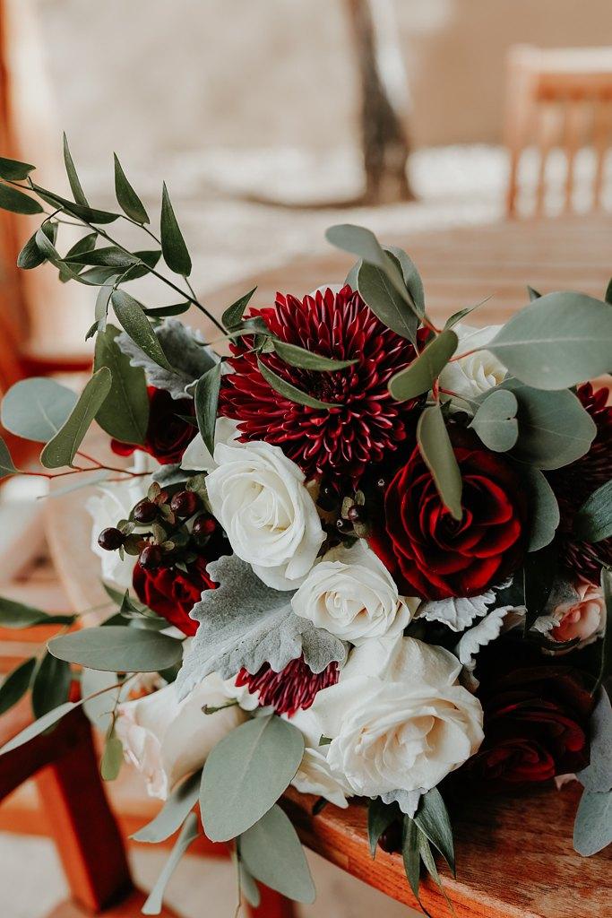 Alicia+lucia+photography+-+albuquerque+wedding+photographer+-+santa+fe+wedding+photography+-+new+mexico+wedding+photographer+-+new+mexico+wedding+-+wedding+florals+-+winter+wedding+-+winter+wedding+florals_0010.jpg